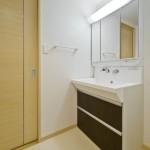 洗面室(501)